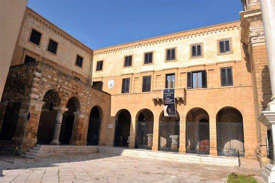Museo-Ribezzo-Brindisi.jpg