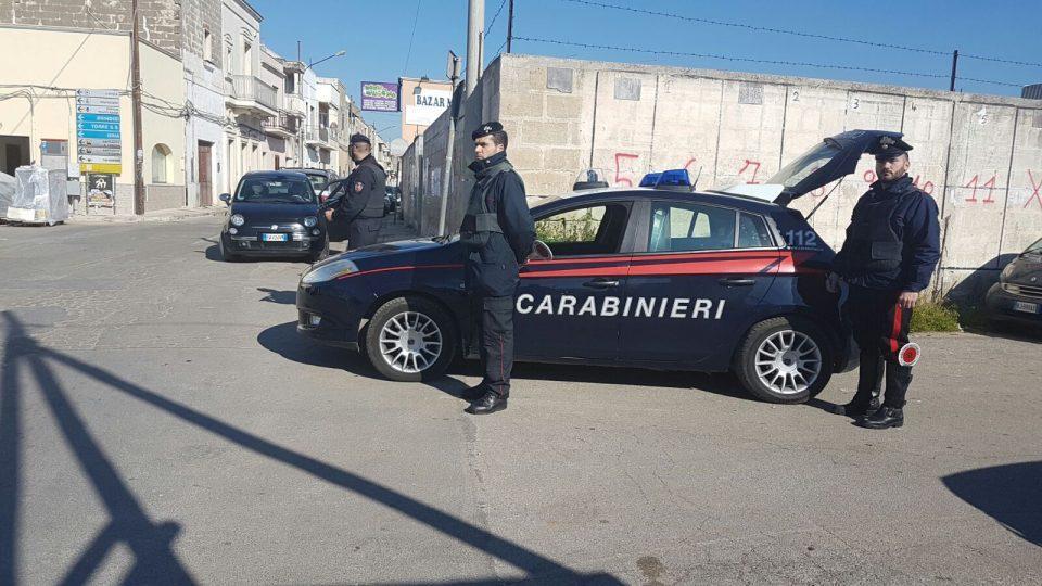 carabinieri-posto-di-blocco.jpg