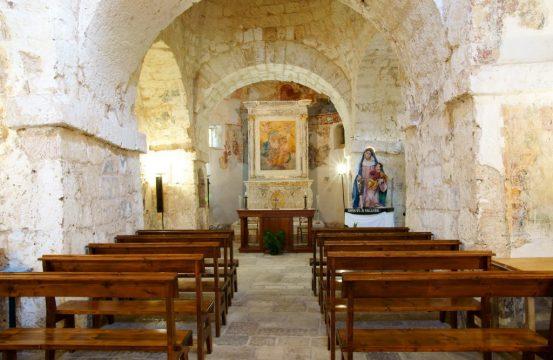 chiesa-di-gallana-oria-1.jpg