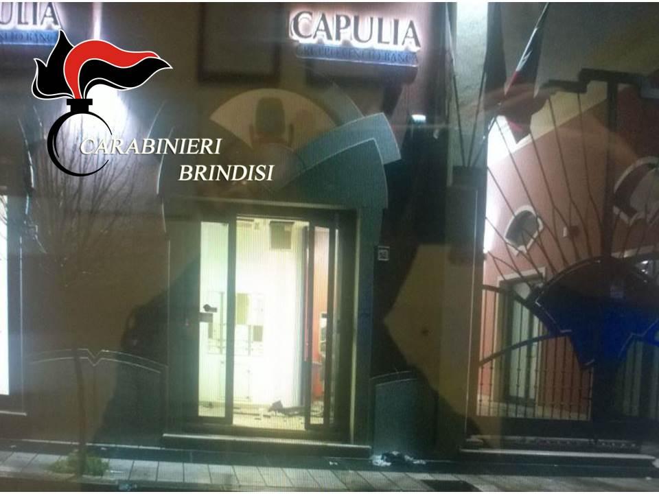3dcb670f42 ASSALTO BANCOMAT LATIANO: ECCO LE FOTO DEI CARABINIERI – Brindisitime.it  Network – News da Brindisi e Provincia