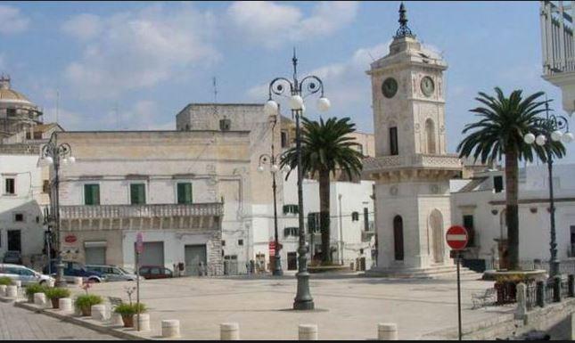 Ceglie-Piazza-Vecchia.jpg