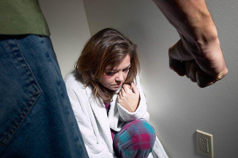 violenza-donne-bambini.jpg
