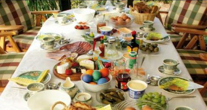 Pasqua l apoteosi di gusto a tavola e pranzo al sacco per for Tavola da pranzo