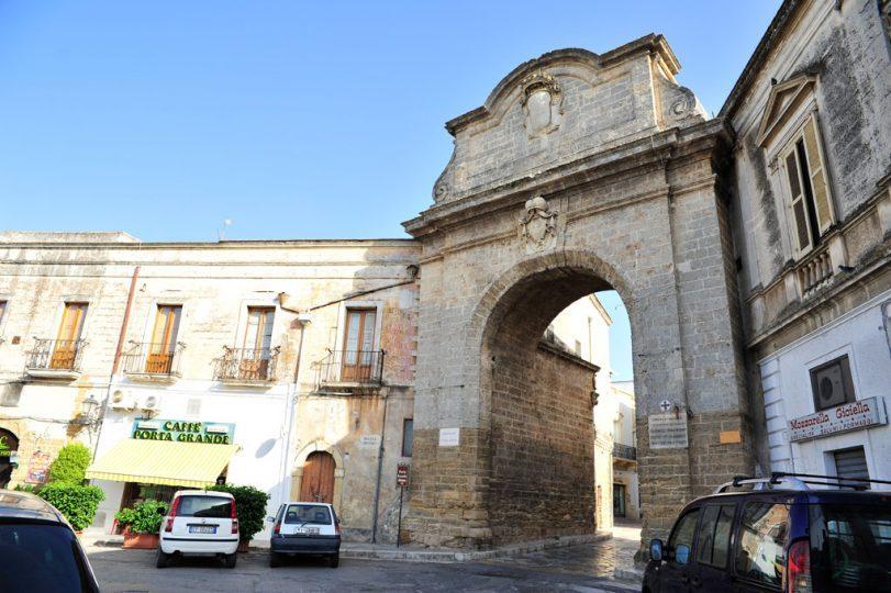 Mesagne-Porta-Grande.jpg