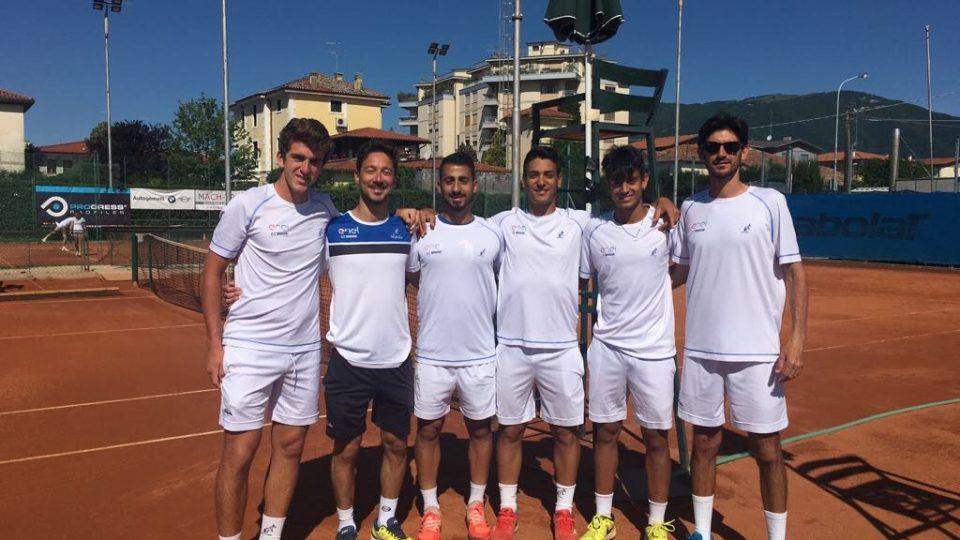 Tennis serie b e d1 il ct brindisi in trasferta a pesaro for Galatina news cronaca