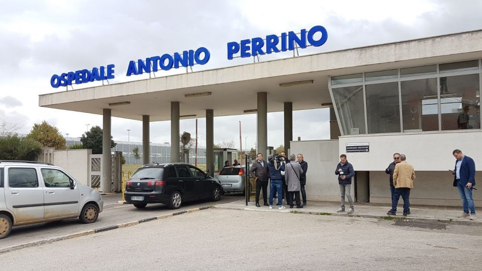 Ospedale-Perrino-6-11-1.jpg