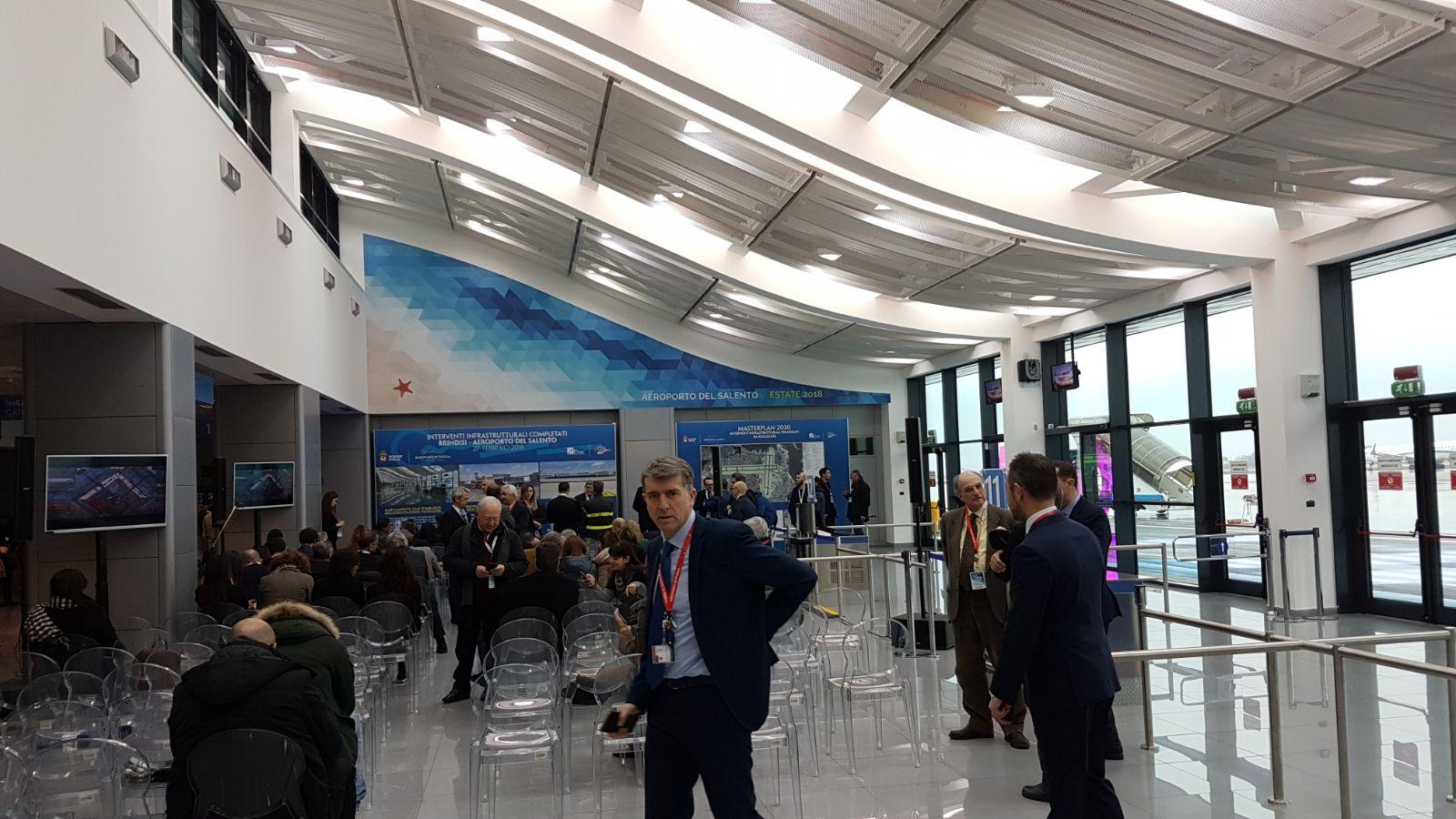 Aeroporto Brindisi : Attivita di ristorazione al papola di brindisi chiusa dai nas