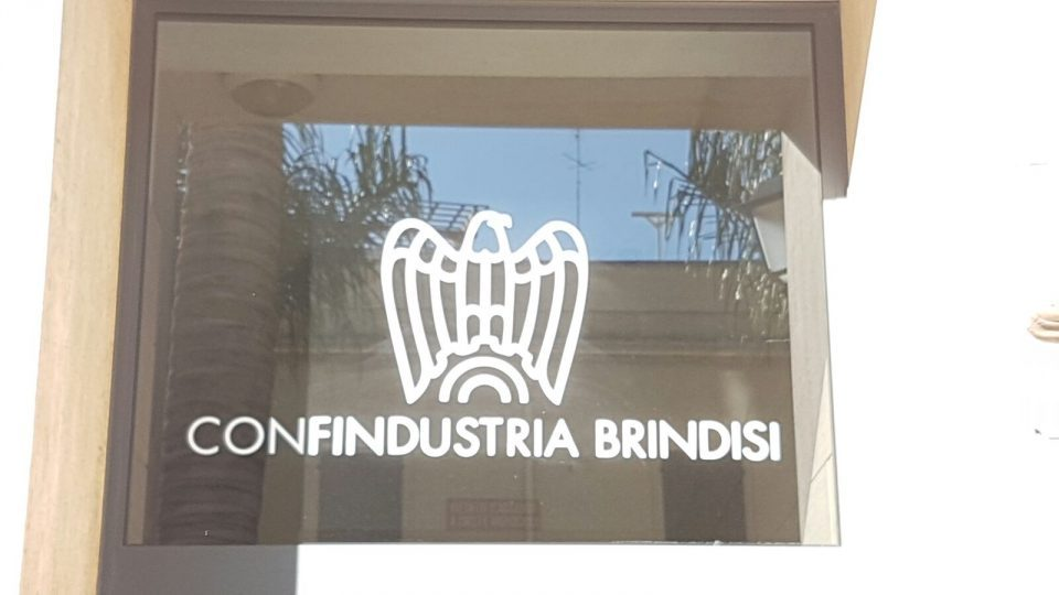 Confindustria-Brindisi-targhetta-2.jpg
