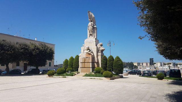 piazza-Santa-Teresa-1.jpg