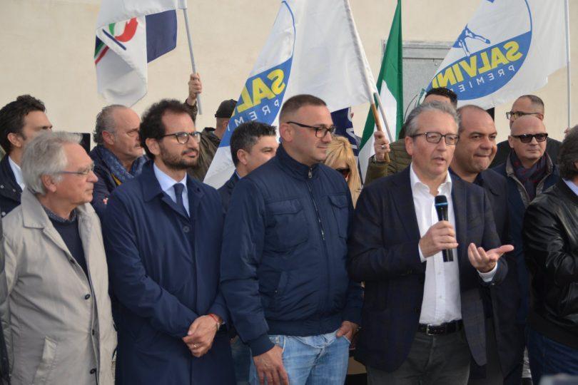 Massimo-Ciullo-e-membri-della-coalizione.jpg