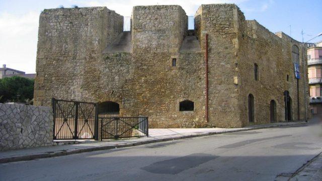 Bastione-San-Giacomo_Brindisi-1280x720.jpg
