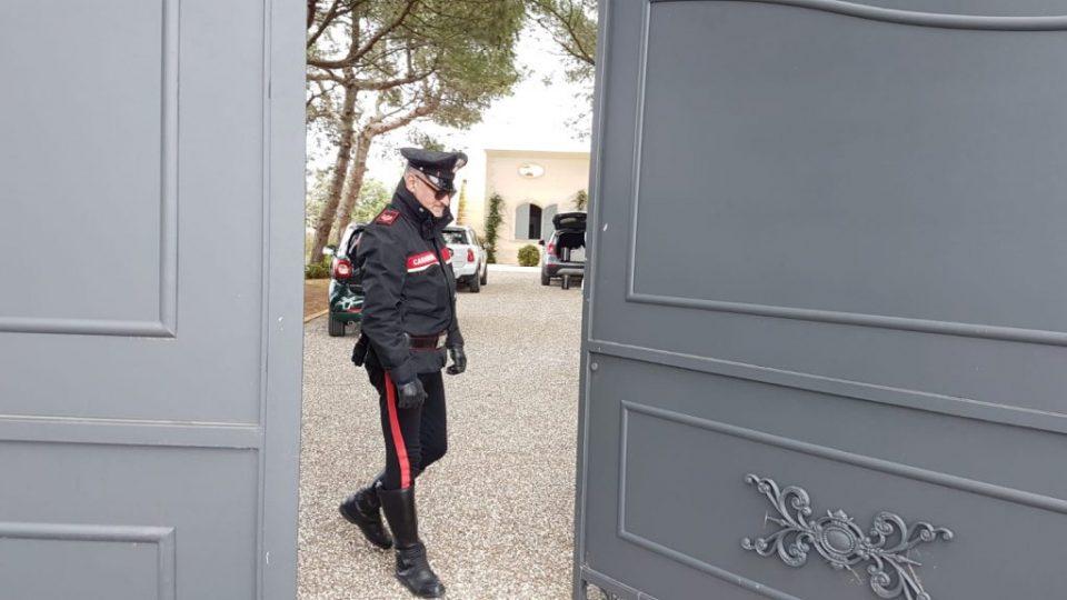 villa-ferrarese-carabinieri2.jpg