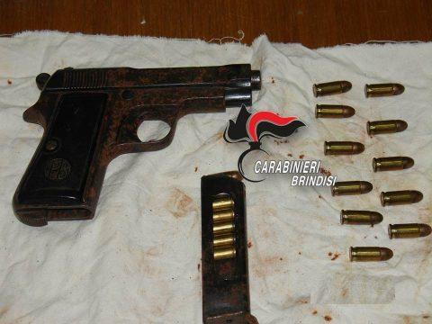 Pistola-Beretta-mod-35-cal-7.65-rinvenuta-in-Brindisi.jpg
