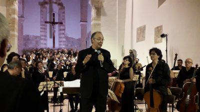 MONS. MARCO FRISINA HA EMOZIONATO BRINDISI CON LA SUA MUSICA