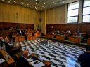 BRINDISI: CONSIGLIO COMUNALE SOSPESO PER 15 MINUTI, OPPOSIZIONI CONTRARIE – VIDEO E FOTO