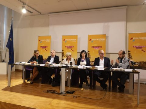 Foto-conferenza-Apulia-Film-Forum.jpg