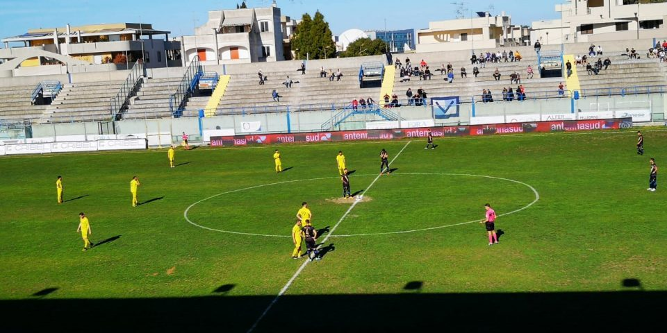 brindisi-calcio-2.jpg