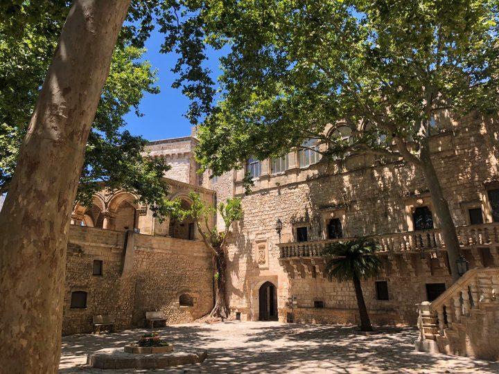 carovigno-castello-.jpg