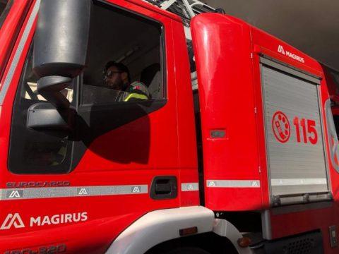 vigili-del-fuoco-lecce-1-696x522.jpg