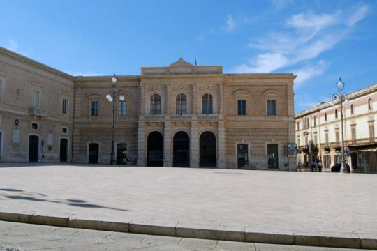 Fasano-municipio.jpg