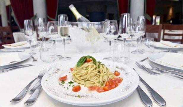 ristorante-servizio-1140x665.jpg