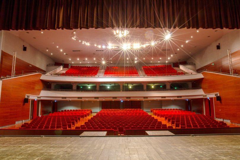 Nuovo-Teatro-Verdi-_-Sala.jpg