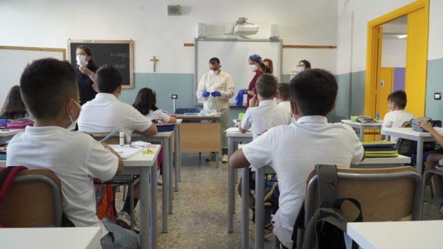 SCUOLA-TEST-SALIVARI.jpg